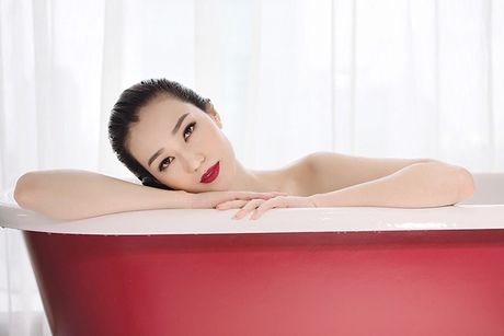Khanh My pho duong cong cuc sexy voi noi y - Anh 7