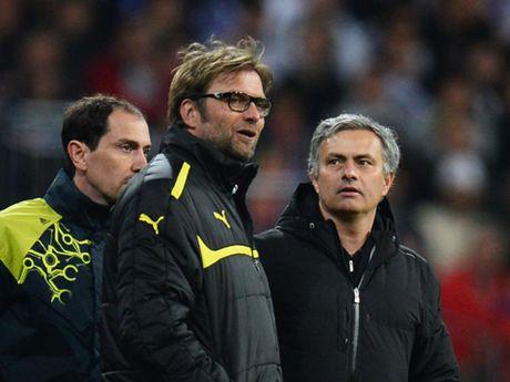 TIET LO: Mourinho tung cu dai dien toi toi Liverpool de xin viec - Anh 1