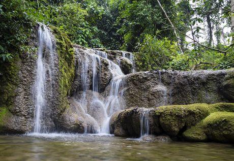 Lac vao huyen thoai giua long ho thuy dien Tuyen Quang - Anh 13