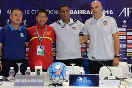 DIEM TIN SANG (15.10): Thua U19 Viet Nam, HLV Trieu Tien do loi cho thoi tiet - Anh 1