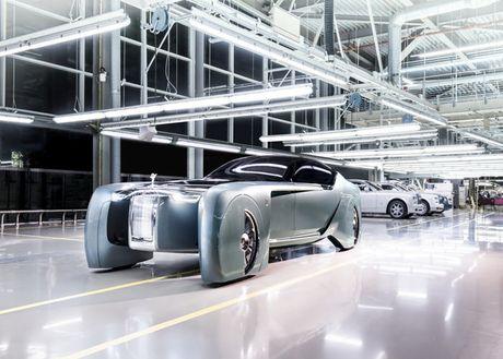 Rolls Royce 103EX Concept tu dong hang sang - Mau xe den tu tuong lai - Anh 4
