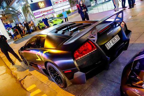 'Loa mat' truoc dan sieu xe toan Lamborghini tu hoi tai Sai Gon - Anh 14