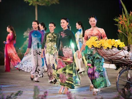 Nghe si, giai nhan Viet rang ro tray hoi ao dai Ha Noi - Anh 15