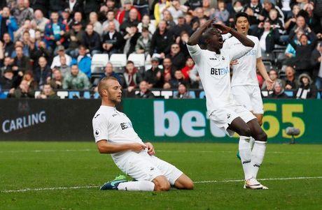 21h00 ngay 15/10, Arsenal vs Swansea City: Qua den cho Thien nga - Anh 2