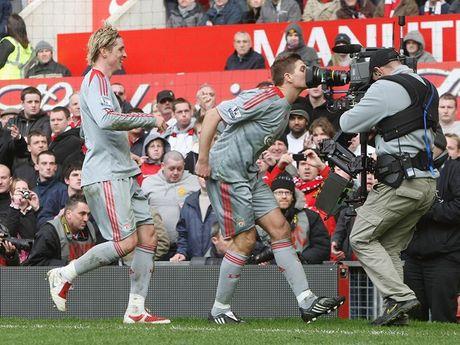 Dai chien Liverpool – Man United va nhung diem nhan kho quen - Anh 2