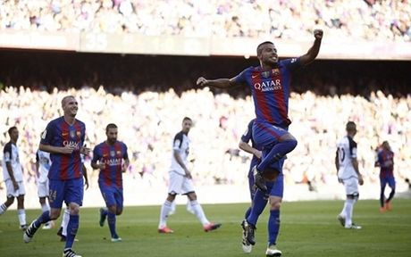 Messi ghi ban ngay tai xuat, Barca ha dep Deportivo - Anh 1