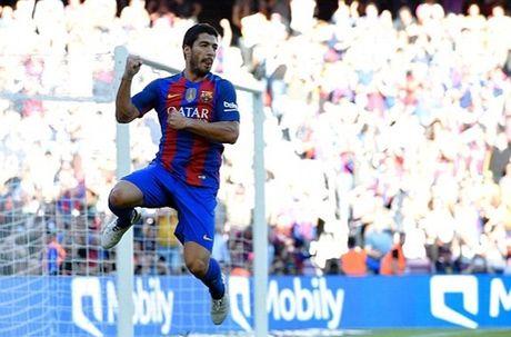 Messi ghi ban ngay tai xuat, Barca ha dep Deportivo - Anh 2