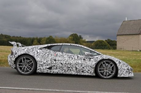 Sieu xe 'khung' Lamborghini Huracan Superleggera lo dien - Anh 3
