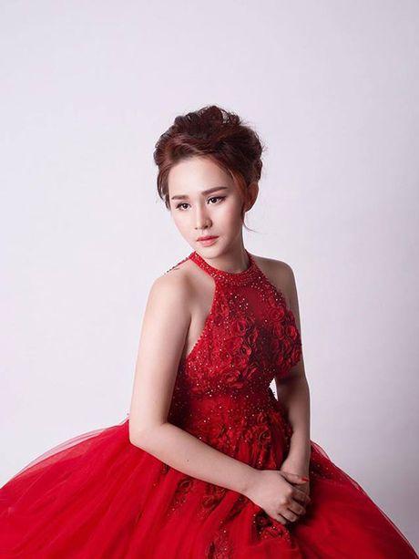 Co gai 9X khoe nhan sac xinh dep sau PTTM tra han tinh - Anh 2