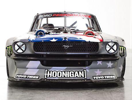Ford Mustang 1965 'sieu khung' cua stunter Ken Block - Anh 7