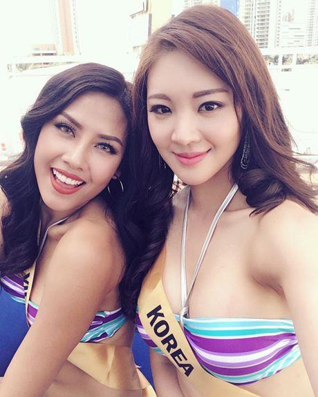 Nguyen Thi Loan 'nong bong' trong phan thi bikini tai Hoa hau Hoa binh Quoc te 2016 - Anh 4