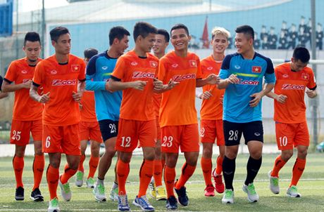 Tien Dung tap buoi dau, HLV Huu Thang thay doi ke hoach phut chot - Anh 10