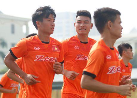 Tien Dung tap buoi dau, HLV Huu Thang thay doi ke hoach phut chot - Anh 13