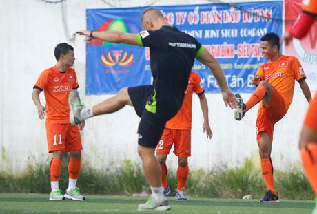 Tien Dung tap buoi dau, HLV Huu Thang thay doi ke hoach phut chot - Anh 15