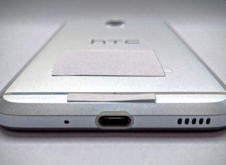 Dien thoai Android khong jack cam tai nghe dau tien cua HTC: HTC Bolt lo hinh anh thuc te - Anh 3