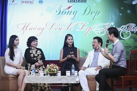 Quan quan Vietnam's Next Top Model Huong Ly 'song dep' cung sinh vien - Anh 3