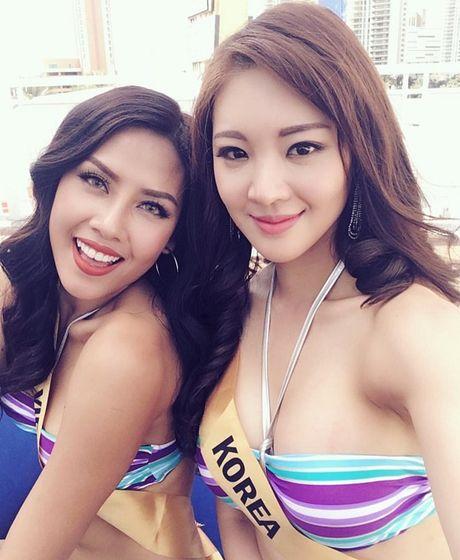 Man trinh dien bikini boc lua cua Nguyen Thi Loan tai Miss Grand International 2016 - Anh 6
