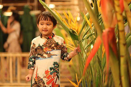 Nhung bo tac pham tuyet dep cua Hoa hau Ngoc Han trong Festival Ao dai - Anh 4