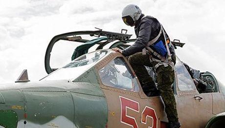 May bay Su-25M3 duoc Nga hien dai hoa moi thanh manh thu cuong kich 'khung' - Anh 1