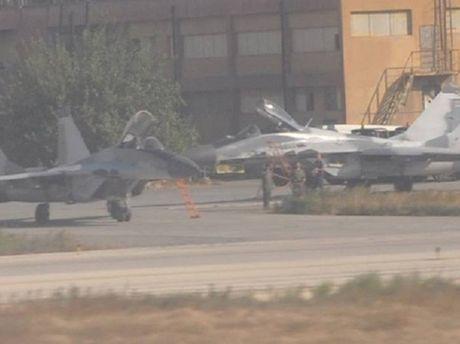 Cang thang voi My, Nga lap ten lua khong doi khong R-77 cho MiG-29 Syria - Anh 1
