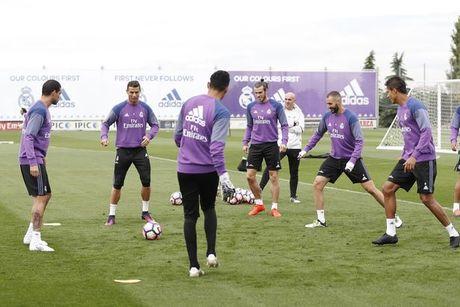 Ronaldo 'que do' vi bi Danilo 'xo kim' - Anh 2