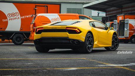 Chi tiet Lamborghini Huracan LP580-2 chinh hang thu 2 ve Viet Nam - Anh 11