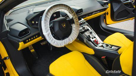 Chi tiet Lamborghini Huracan LP580-2 chinh hang thu 2 ve Viet Nam - Anh 6
