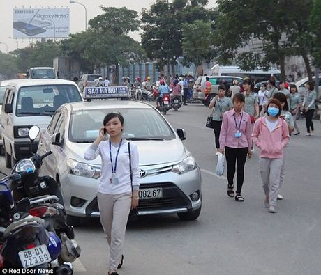 Cuoc song cua cong nhan tai nha may Samsung Viet Nam sau su co Note 7 - Anh 2