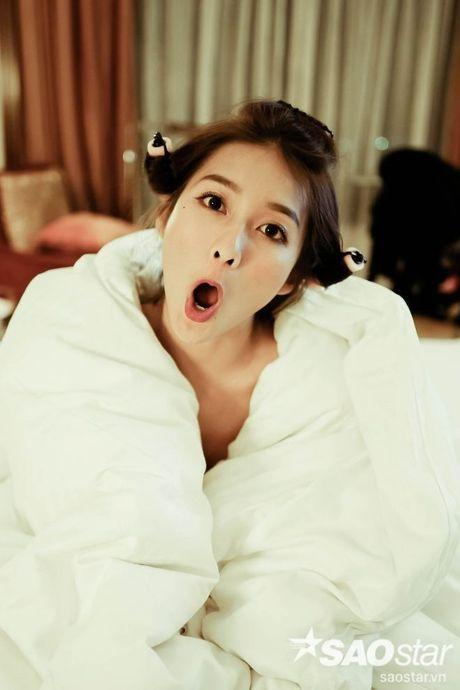 Bat can '50 sac thai' sieu dang yeu cua hot girl Kha Ngan - Anh 2