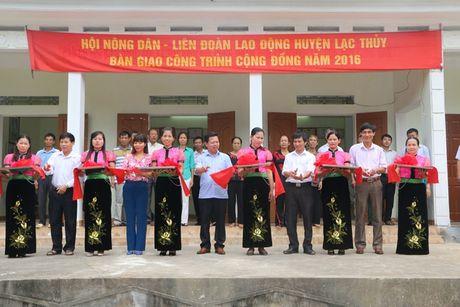 Hoa Binh: CD dong hanh cung Nong dan xay dung Nong thon moi - Anh 1
