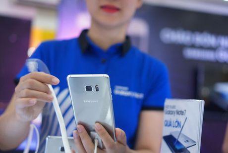 Xuat khau dien thoai van tang manh bat chap Galaxy Note 7 bi thu hoi - Anh 1