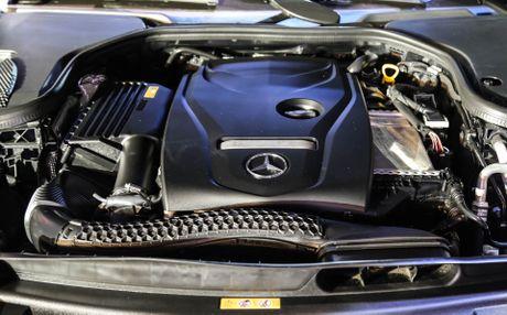 Chi tiet Mercedes E300 AMG gia tren 3 ty vua ra mat tai VN - Anh 5