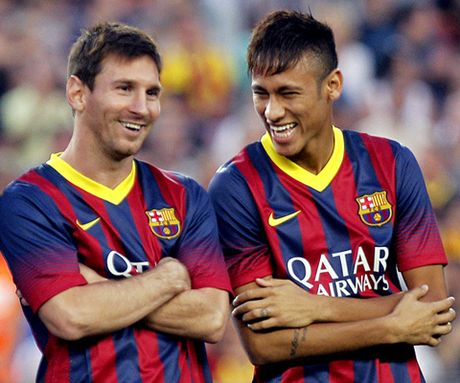 Maradona: 'Toi rat thich xem Neymar choi bong. Messi chua the la hien tuong' - Anh 1