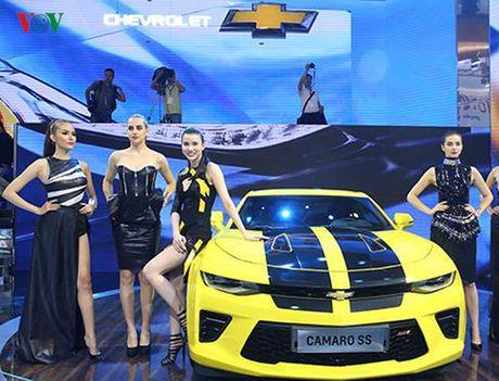 Chiem nguong Camaro SS 2016 cua hang xe My vua ra mat tai VN - Anh 1