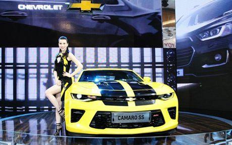 Chiem nguong Camaro SS 2016 cua hang xe My vua ra mat tai VN - Anh 2