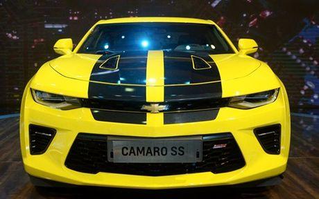 Chiem nguong Camaro SS 2016 cua hang xe My vua ra mat tai VN - Anh 8