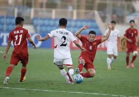 Chum anh: U19 Viet Nam 'tao dia chan' khi danh bai a quan giai chau A - Anh 5