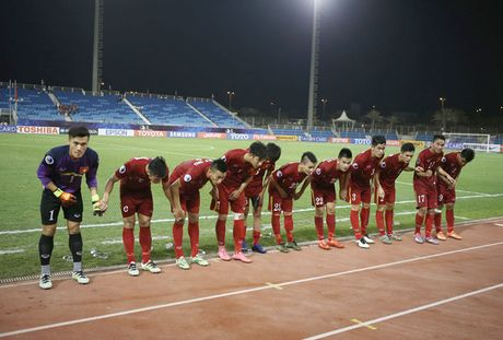 Chum anh: U19 Viet Nam 'tao dia chan' khi danh bai a quan giai chau A - Anh 8