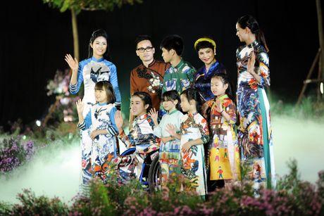 Ngoc Han duyen dang tai Festival ao dai Ha Noi - Anh 9