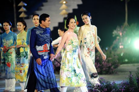 Giai nhan man anh Viet hoi ngo tai Festival ao dai Ha Noi 2016 - Anh 10