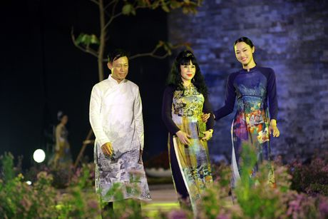 Giai nhan man anh Viet hoi ngo tai Festival ao dai Ha Noi 2016 - Anh 1