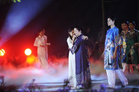 Giai nhan man anh Viet hoi ngo tai Festival ao dai Ha Noi 2016 - Anh 5