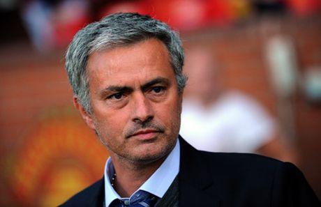 Truoc dai chien MU – Liverpool, Mourinho canh bao CDV - Anh 1