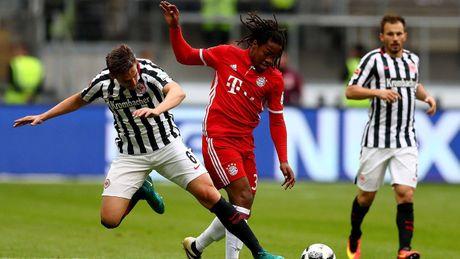 Tran thu 3 khong thang: Co con ai nhan ra Bayern Munich? - Anh 2