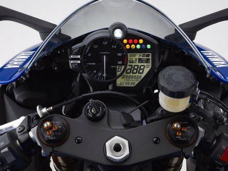 2017 Yamaha YZF-R6: Dot pha hay binh cu ruou moi? - Anh 4