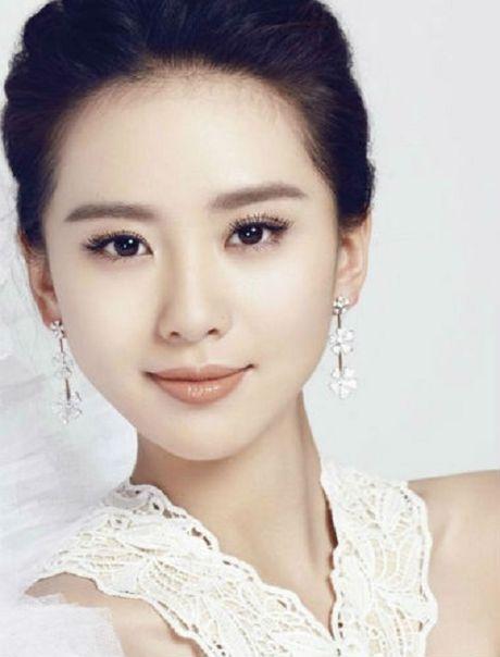 Nhan sac tre mai cua 'nu than Kim Ung' Duong Yen - Anh 7