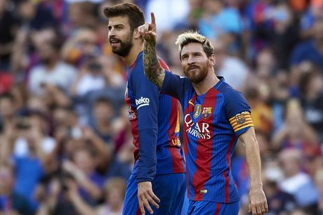 Dam doi thu roi kien tao, ghi ban, Suarez giup Barca dai thang Deportivo - Anh 11