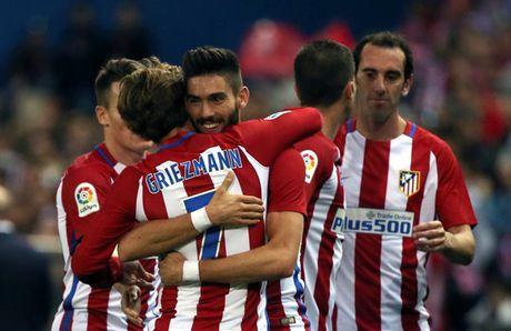 Huy diet Granada, Atletico Madrid giu vung ngoi dau bang - Anh 3