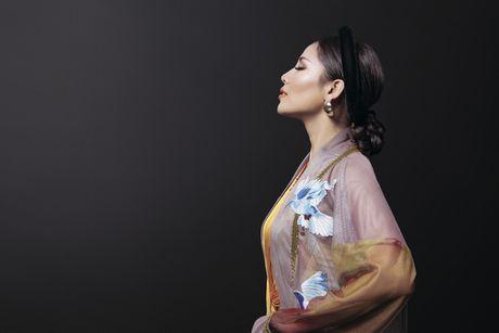 Ngam trang phuc dan toc cua Nguyen Loan tai Miss Grand International - Anh 5