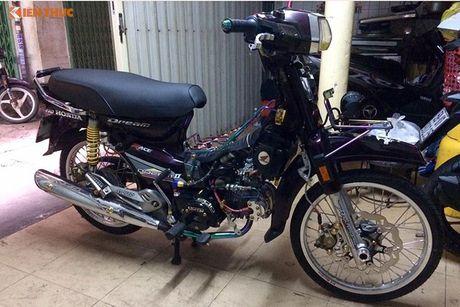 Honda Dream Thai 'do kieng' sieu manh tai Viet Nam - Anh 10